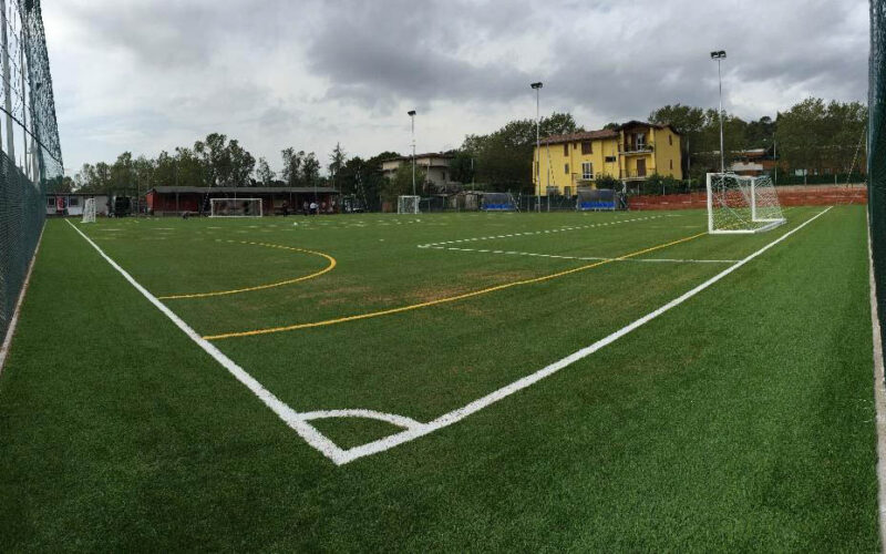 Parchi e Impianti Sportivi-Realizzazione di un campo di calciotto in erba sintetica