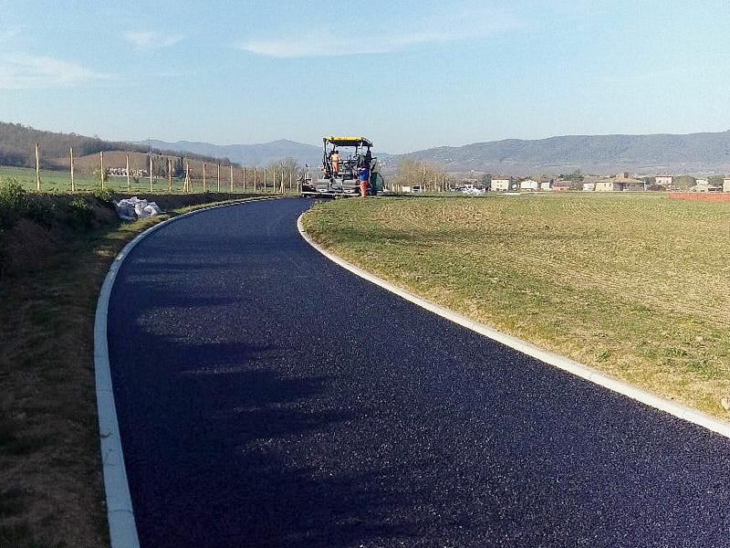 Parchi e Impianti Sportivi-Realizzazione di una pista per equitazione All weather-full